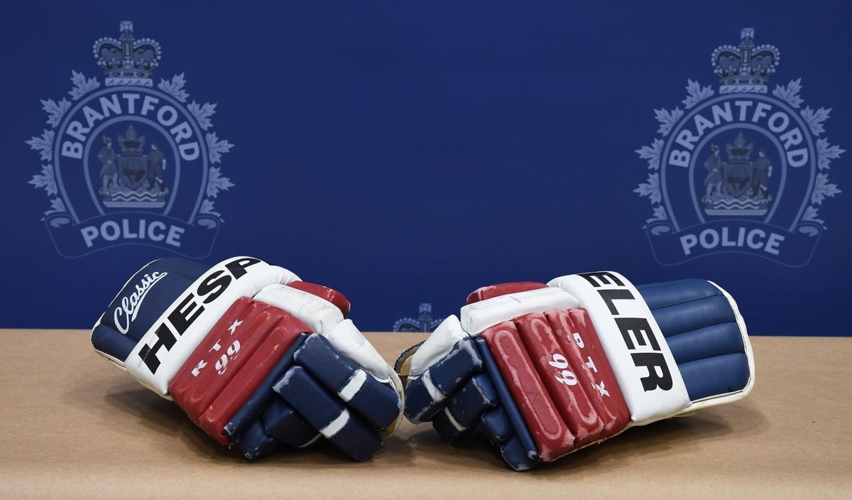 gloves - 1